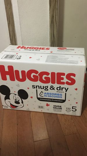 HUGGIES SIZE 5 132 Pañales for Sale in Compton, CA
