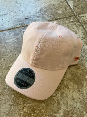 * RARE * PINK NEW ERA MINNEY MOUSE NEW ERA ADJUSTABLE HAT for Sale in Tempe, AZ