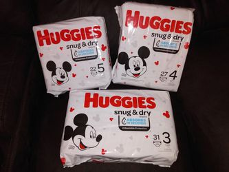 Huggies Snug & Dry, Sizes 3, 4 and 5 (bundle of 3) for Sale in Salinas,  CA