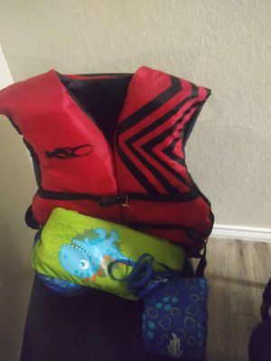 Kids life jackets for Sale in San Antonio, TX