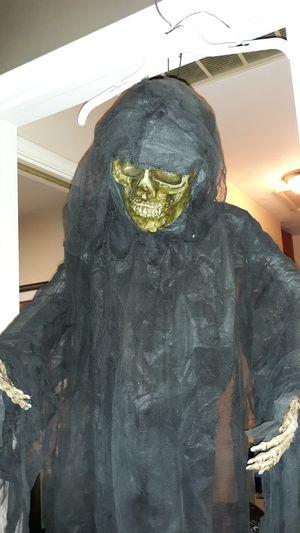 Halloween Talking Reaper for Sale in San Bernardino, CA