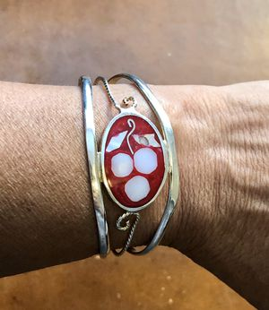 New! Gorgeous 925 silver bracelet with abalone inlay. Fits small wrist for Sale in Phoenix, AZ