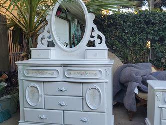 Full Size Bedroom Set for Sale in Tustin,  CA