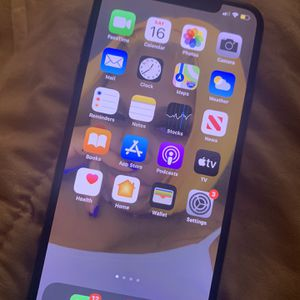 IPHONE X MAX . for Sale in Cleveland, OH