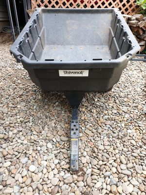 Universal Dump Cart for Sale in Forest Grove, OR