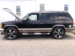1996 Tahoe XL 209,667 - lots of new parts installed 4,300 or best offer for Sale in Egg Harbor City, NJ