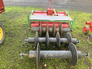 5' Tiller W/ Custom Furrow Makers for Sale in Aurora, OR