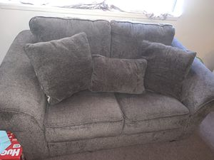 Couch and love seat for Sale in West Haven, CT