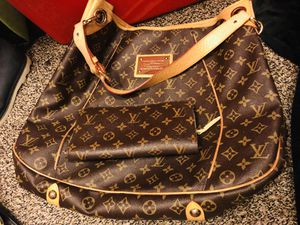 Bag with wallet for Sale in Murrieta, CA