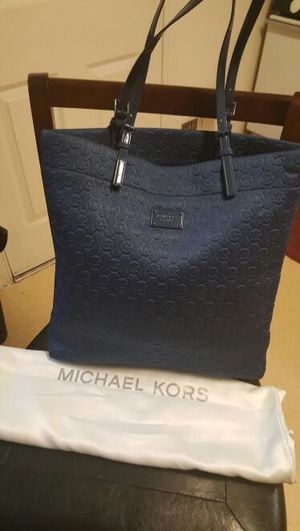 Original Michael Kors tote bag dark blue for Sale in Severn, MD