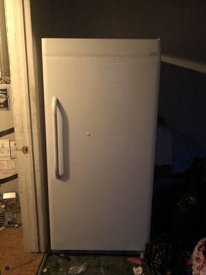 Freezer (200) must go for Sale in Las Vegas, NV