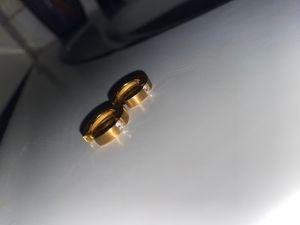 Solid 18k gold hoop earrings with vs1 diamonds. for Sale in Los Angeles, CA