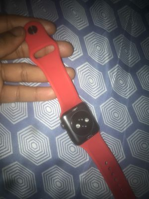 APPLE WATCH SERIES 3 Worn Twice !! for Sale in Waterbury, CT