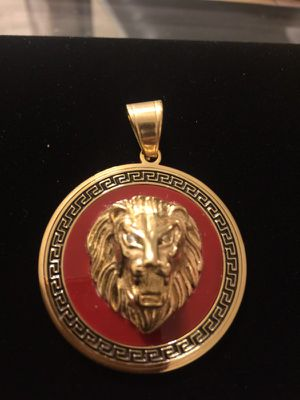 18 Kt plated Versace design lion head charm for Sale in Silver Spring, MD