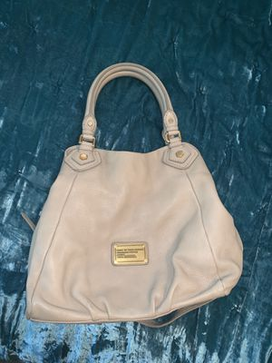 Marc Jacobs leather purse. Nude/beige. Great condition. for Sale in Davenport, IA