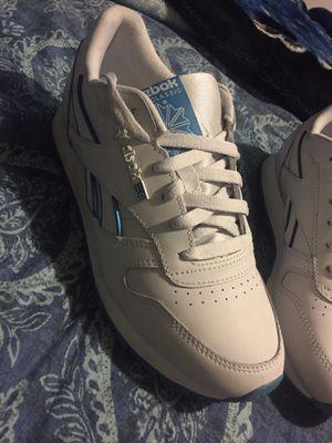 Reebok women's shoes size 7 for Sale in Waxahachie, TX
