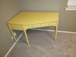 Corner desk for Sale in Lakeway, TX