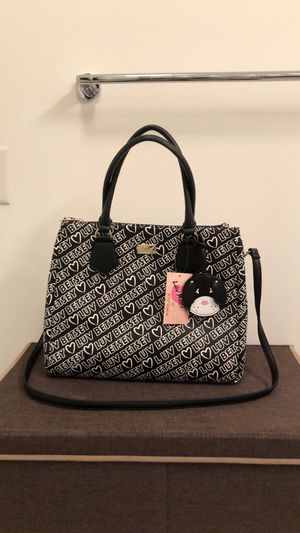 NWT luv by Beatty Johnson satchel for Sale in Jersey City, NJ