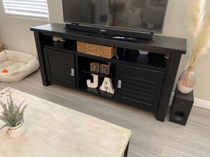Tv stand. for Sale in North Las Vegas, NV