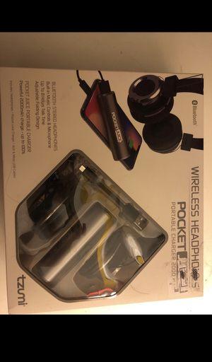 Wireless headphones for Sale in Elk Grove, CA