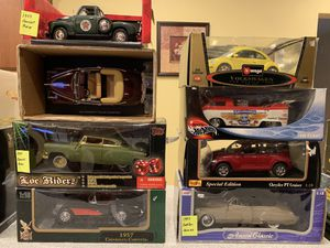 Model Display Cars 1:18 for Sale in Lakeside Park, KY