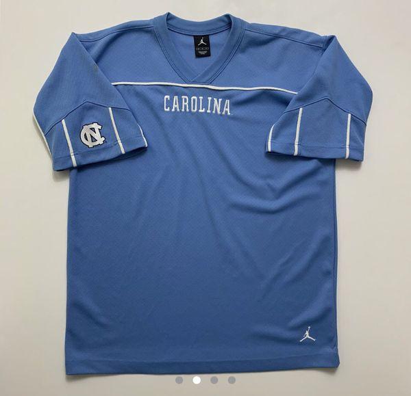 UNC North Carolina warmup jersey (Size M)