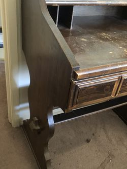 Free Desk. Will Be A Fun Fixer Upper! for Sale in Redwood City,  CA