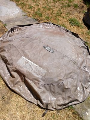 Hot tub cover Intex for Sale in Los Angeles, CA