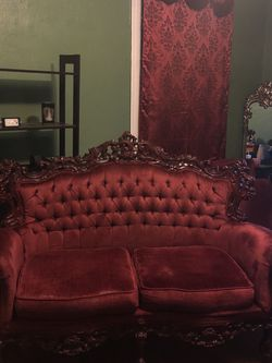 Red Velvet Tufted Antique Couch for Sale in Commerce,  CA