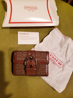Coach soho leather canvas brown monogram trifold women's wallet for Sale in Macomb, MI