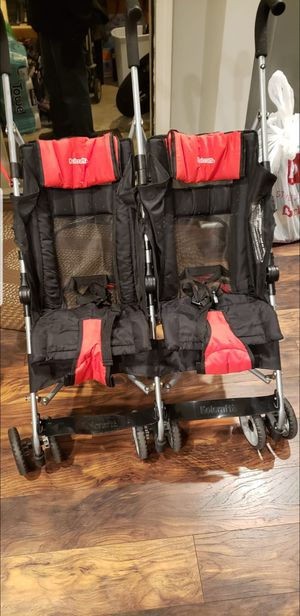 Double stroller for Sale in Bartlett, IL