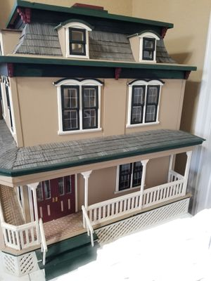 DOLL HOUSE MINATURE VICTORIAN RANCH STYLE for Sale in Rancho Santa Margarita, CA