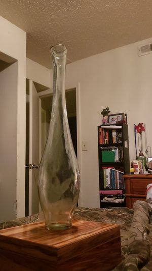 Antique glass vase 19inches tall for Sale in Simpsonville, SC