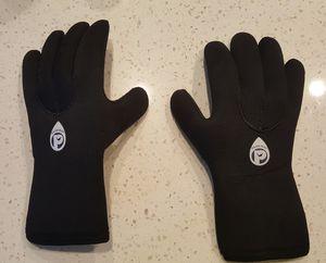 Neoprene gloves Large for Sale in North Las Vegas, NV