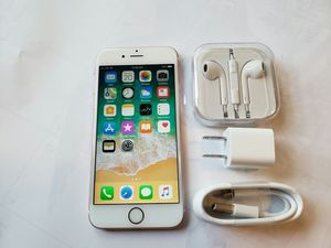 IPhone 6S , UNLOCKED  (Excellent  Condition /  Functional / Clean  ) for Sale in Springfield, VA