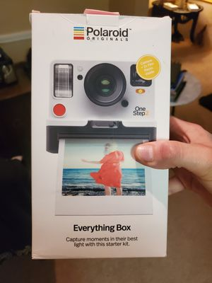 "Polaroid Onestep 2 ""Everything Box"" for Sale in KS, US"