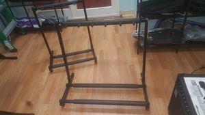 Pedestales para poner instrumentos Guitarras y bajos . for Sale in Hyattsville, MD