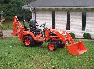 Tractor 2016 Kubota BX 25 D 4x4 for Sale in Simi Valley, CA