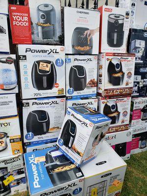 Freidoras de aire diferentes precios for Sale in La Puente, CA