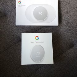 Nest Thermostat 2020 With Trim Kit for Sale in Sunnyvale,  CA