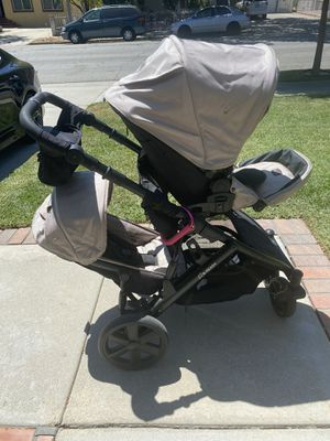 Britax B-Ready Double Stroller for Sale in Pasadena, CA