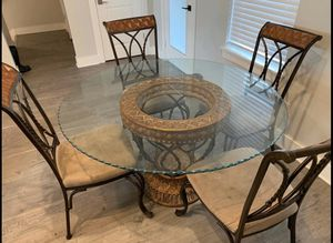 Kitchen table set - MOVING & NEEDS TO GO!! for Sale in Norman, OK