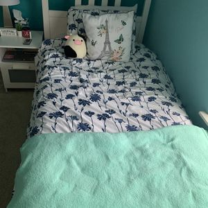 Twin Bed With Mattress for Sale in Joliet, IL