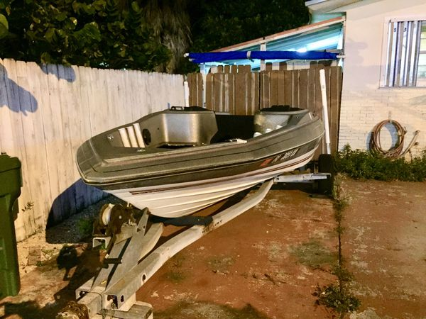 Bayliner 17 foot Bass Boat & Galvanized Trailer. With Title on hand. Great condition. No motor. Price Reduced