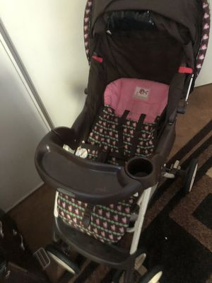 Baby Girl stroller Brown and Pink for Sale in Las Vegas, NV