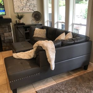 Sofa Sectional & Ottoman, Grey Faux Leather for Sale in Battle Ground, WA