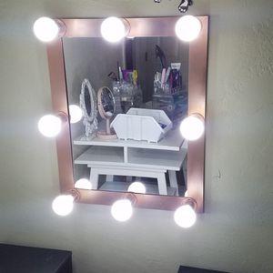 Makeup vanity mirror for Sale in El Cajon, CA
