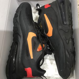 Nike Air Max React 270 for Sale in Haines City, FL