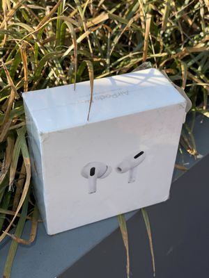 Apple AirPods pro for Sale in New York, NY