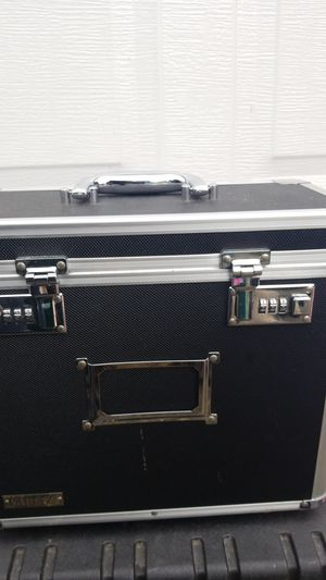 Vault Case with Lock for Sale in Kent, WA
